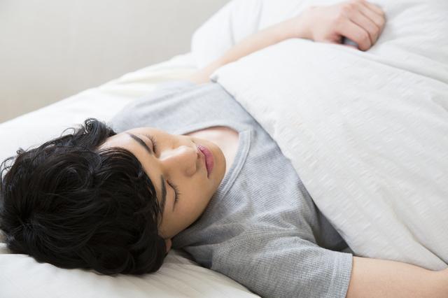 睡眠 日本 世界